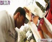 скриншот для Скачать порно бесплатно: Сперма сочится из киски блондиночки.